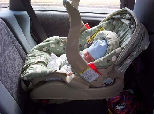 Qatar To Hand Out 7 000 Carseats To Newborns In Hopes